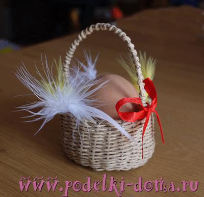 плетеная корзинка для яиц