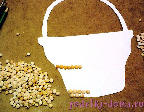 панно из ракушек и семян