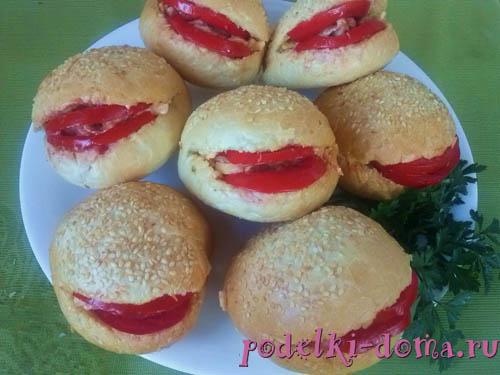 burgery s ulybkoy