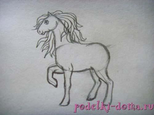 Как нарисовать лошадку, пошагово
