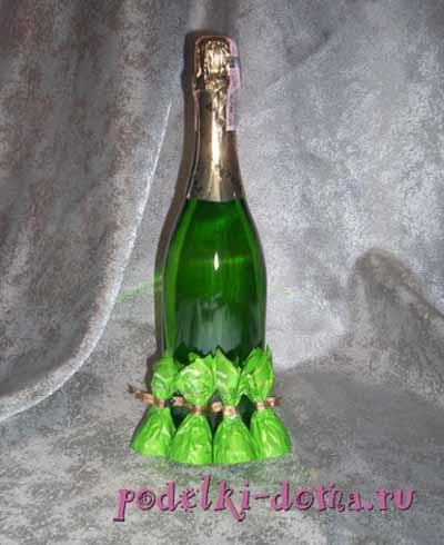 elka iz shampanskogo i konfet2