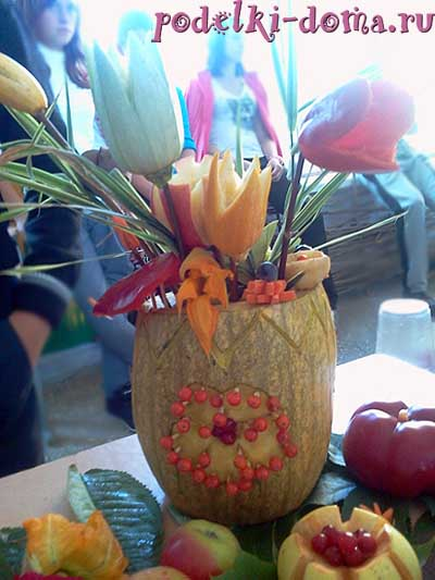 Поделки ваза с цветами из овощей 66