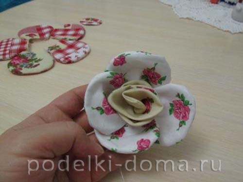podushka cvety9