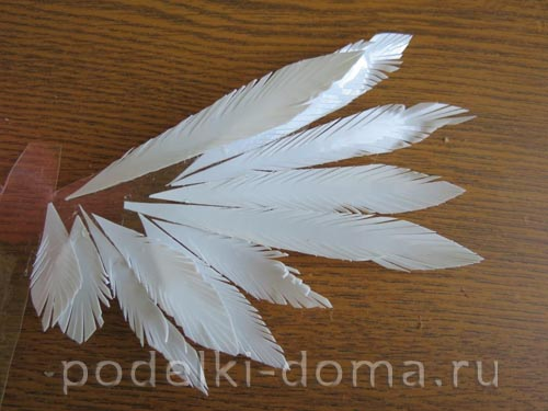 golub iz plastikovyh butylok8