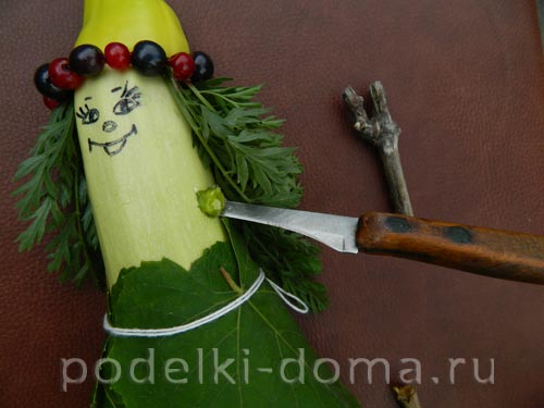 Как сделать из овощей куклу 871
