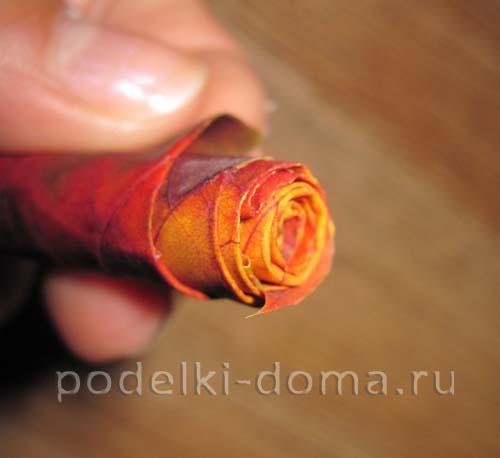 rozy iz listyev svoimi rukami4