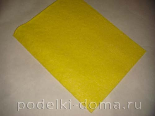 novogodnyaya podelka iz plastikovoy butylki2