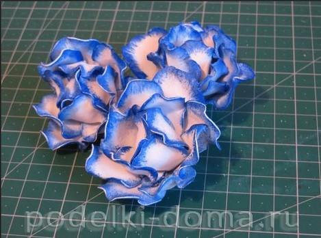 elochny shar cvetok iz foamirana14