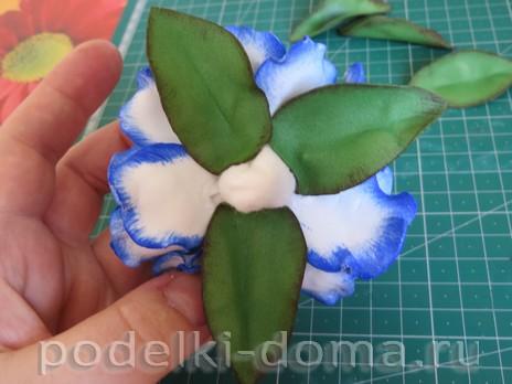 elochny shar cvetok iz foamirana23