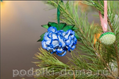 elochny shar cvetok iz foamirana28