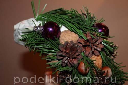 topiary novogodny07