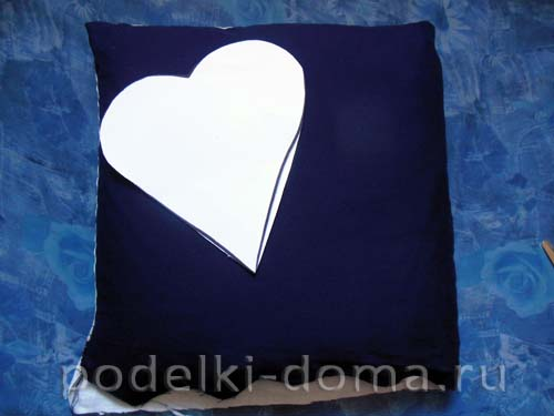 podushka love is09