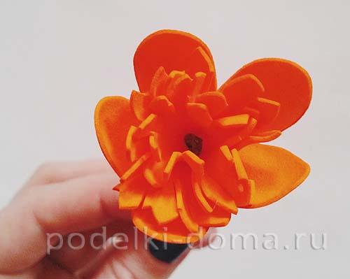 cvety ogonki iz foamirana 9