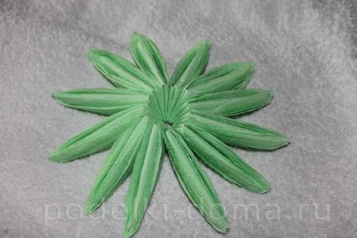 salfetki v vide lotosa15