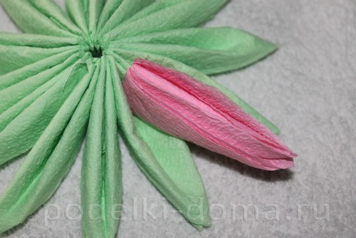 salfetki v vide lotosa24