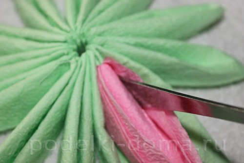 salfetki v vide lotosa26