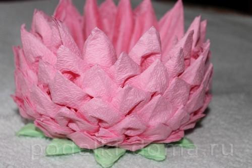 salfetki v vide lotosa36