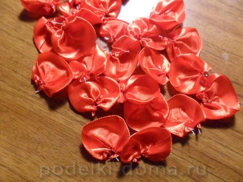 zakolka roza iz atlasnoy lenty05