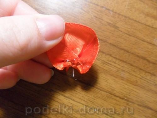 zakolka roza iz atlasnoy lenty10