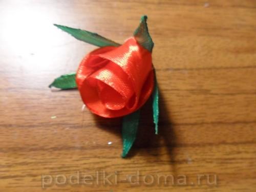 zakolka roza iz atlasnoy lenty17