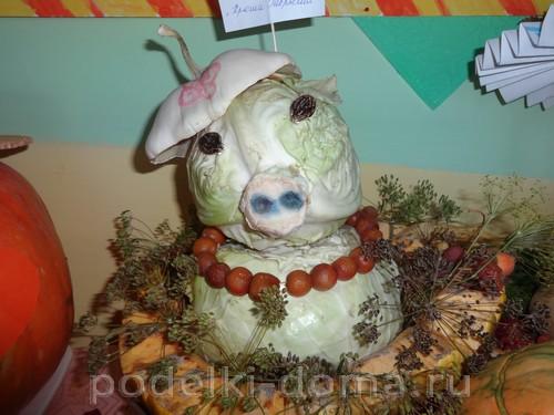 свинка из капусты