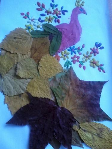 жар-птица из листьев