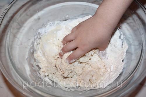 novoodniy tort podelka solenoe testo03