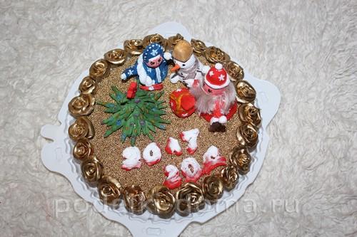 novoodniy tort podelka solenoe testo19
