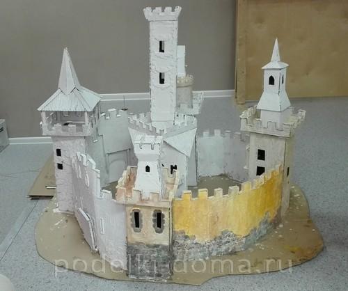 замок из картона01