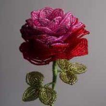Еще одна роза из бисера и схемы