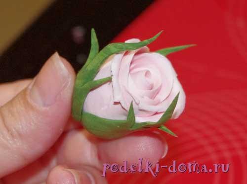 rozy iz polimernoy gliny14