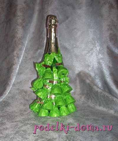 elka iz shampanskogo i konfet3