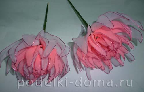 cvetok iz kaprona - hrizantema 7