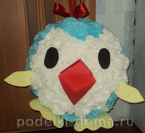 igrushka-na-gorodskuyu-elku-pingvin Елочные игрушки из фетра своими руками: выкройки, схемы, шаблоны, мастер классы