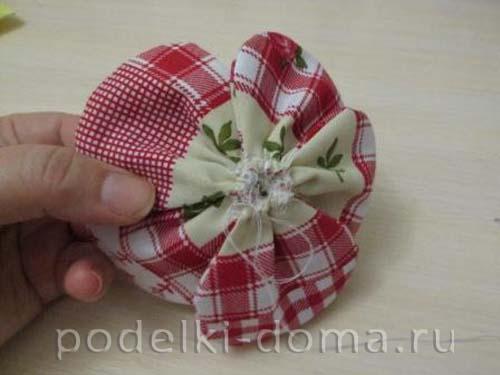 podushka cvety10
