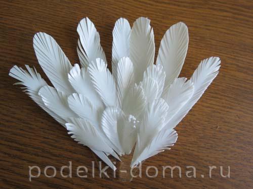 golub iz plastikovyh butylok6