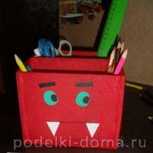 Мастер-класс по изготовлению карандашницы из дисков