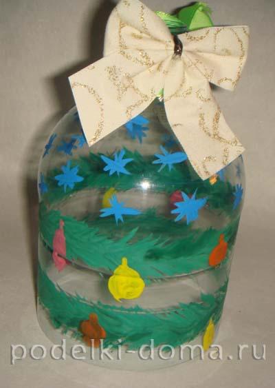 elochnye igrushki iz plastikovyh butylok 8