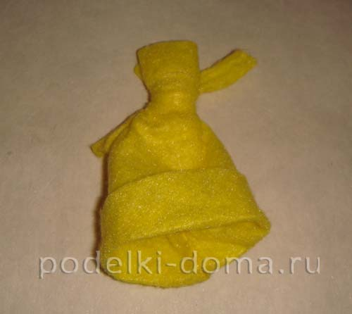 novogodnyaya podelka iz plastikovoy butylki3