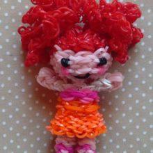 Как сплести куклу из резинок