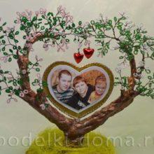 «Семейное дерево» из бисера