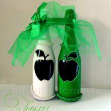 Украшение шампанского на свадьбу: зеленые яблоки