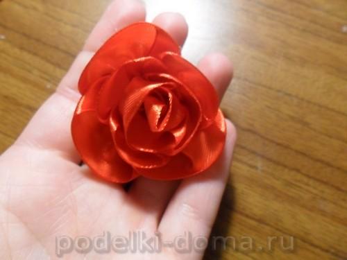 zakolka roza iz atlasnoy lenty12