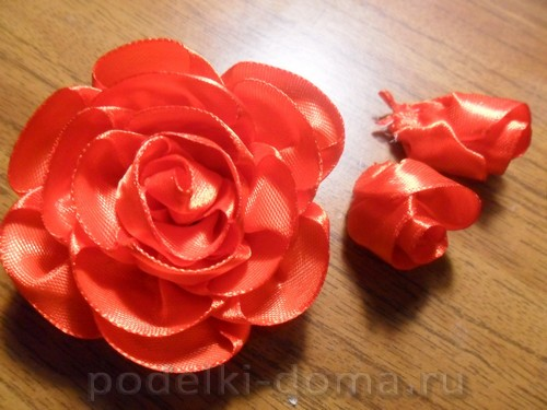 zakolka roza iz atlasnoy lenty13
