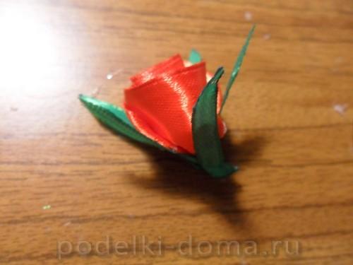 zakolka roza iz atlasnoy lenty18