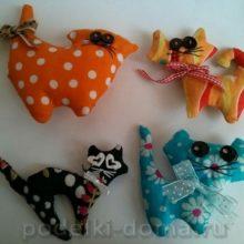Кошачий хор (мягкие игрушки)