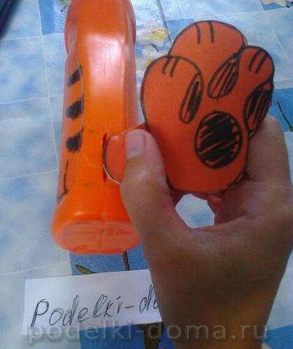 kopilka tigrenok iz butylki07