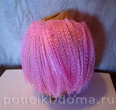 kukla rozovye volosy12