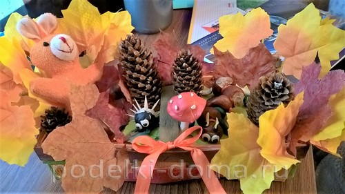 """Панно птица, осень """" (аппликация из листьев)"""