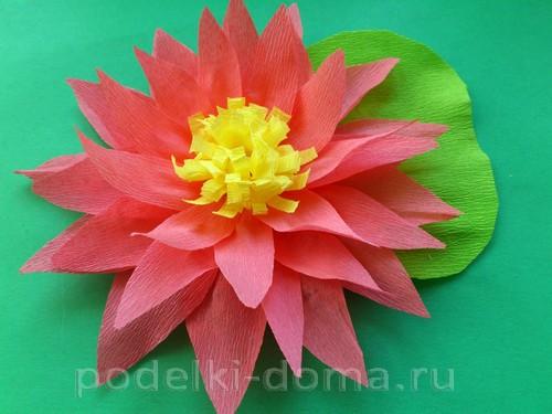 lotos iz gofrobumagi08